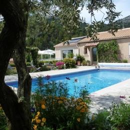 chambre double - Chambre d'hôtes - Saint-Savournin