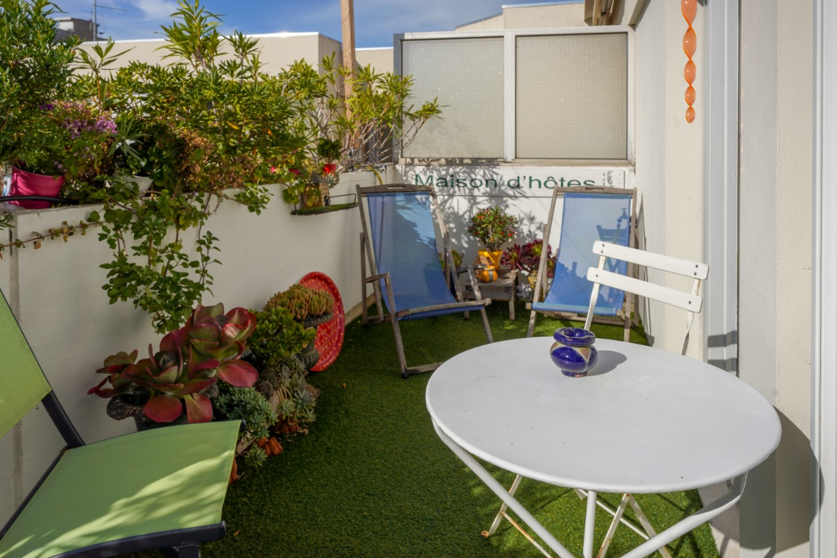 terrasses côté chambre pour les hôtes au calme - Chambre d'hôtes - Marseille