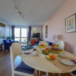 chambre lumineuse calme pour les hôtes - Chambre d'hôtes - Marseille