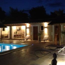 POOL-HOUSE by Night - Location de vacances - Saint-Rémy-de-Provence