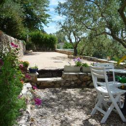 terrain de pétanque - Chambre d'hôtes - Saint-Savournin