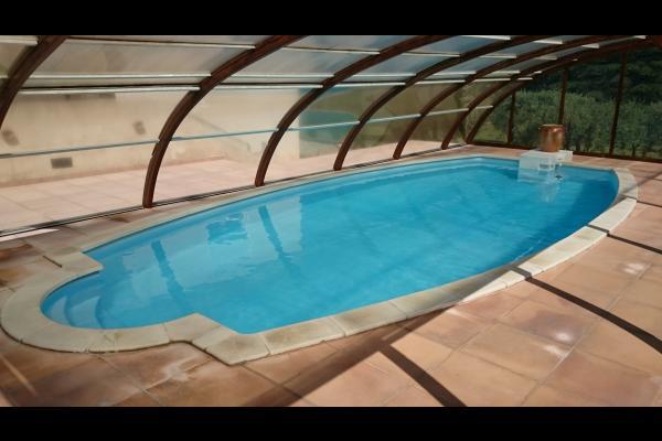 Le Cerisier, appartement 4 personnes plain pied maison, piscine, Orgon, piscine couverte - Location de vacances - Orgon