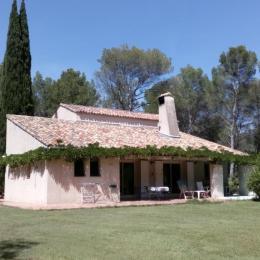 vue générale maison - Chambre d'hôtes - Lambesc