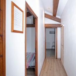 Couloir de la suite - Chambre d'hôtes - Lambesc