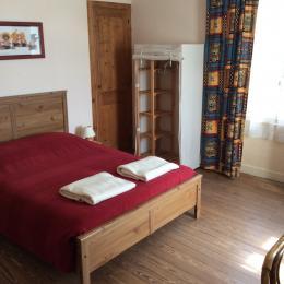 chambre 1 - Location de vacances - Saint-Aubin-sur-Mer