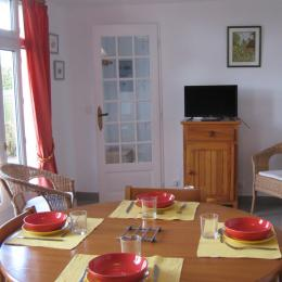 séjour cuisine - Location de vacances - Saint-Loup-Hors