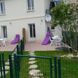 Façade - Location de vacances - Saint-Côme-de-Fresné