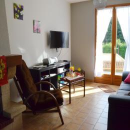 côté salon - Location de vacances - Cintheaux