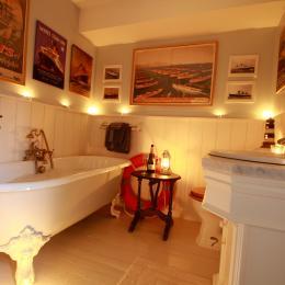 Salle de bains Saint Exupery - Chambre d'hôtes - La Cambe