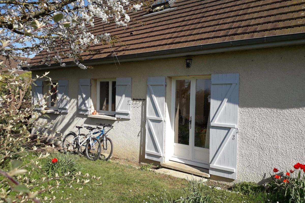 La maison depuis l'impasse - Location de vacances - Bernières-sur-Mer