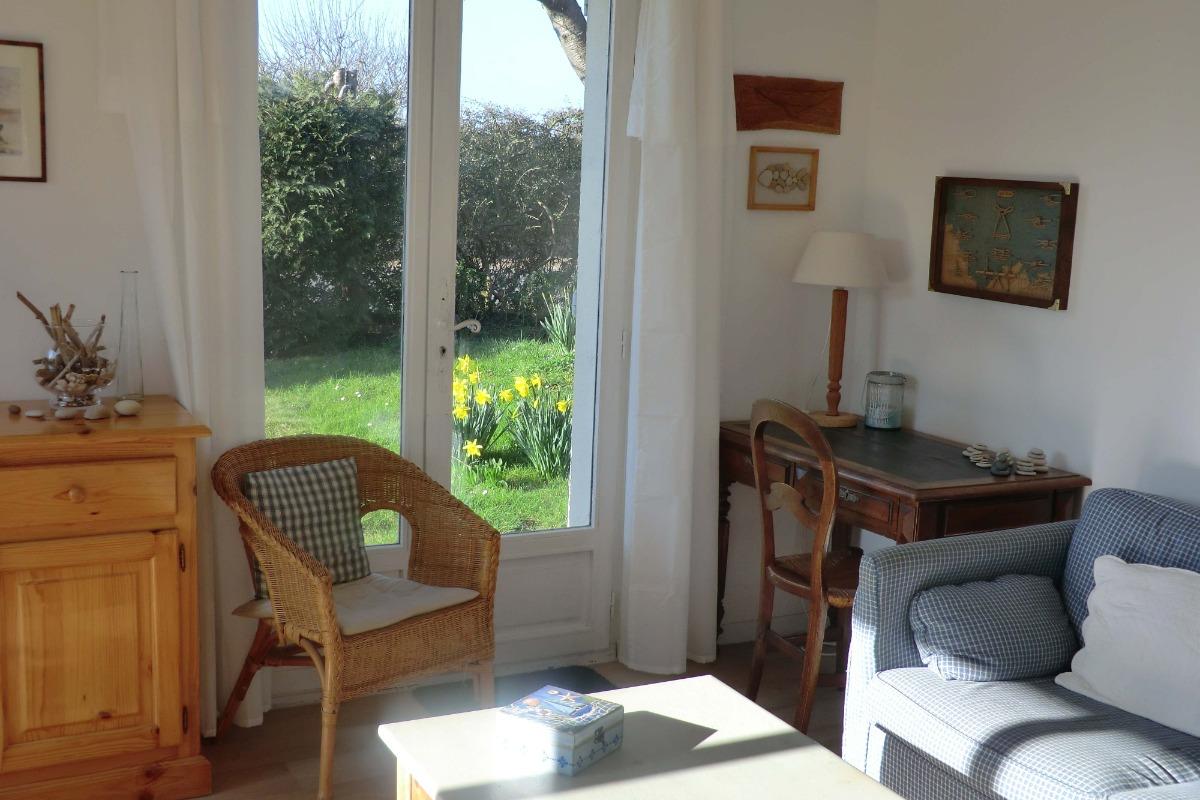 Le coin bureau dans le salon - Location de vacances - Bernières-sur-Mer