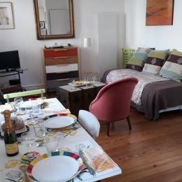 La table dressée... - Location de vacances - Trouville-sur-Mer