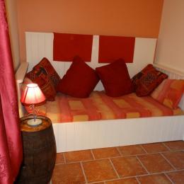 Alcove avec lit simple - Location de vacances - Donnay