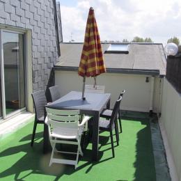 Coin salon avec canapé lit 2 places - Location de vacances - Bernières-sur-Mer