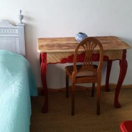 table d'écriture - Chambre d'hôtes - Nonant