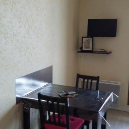 Coin repas table repliée - Location de vacances - Villers-sur-Mer