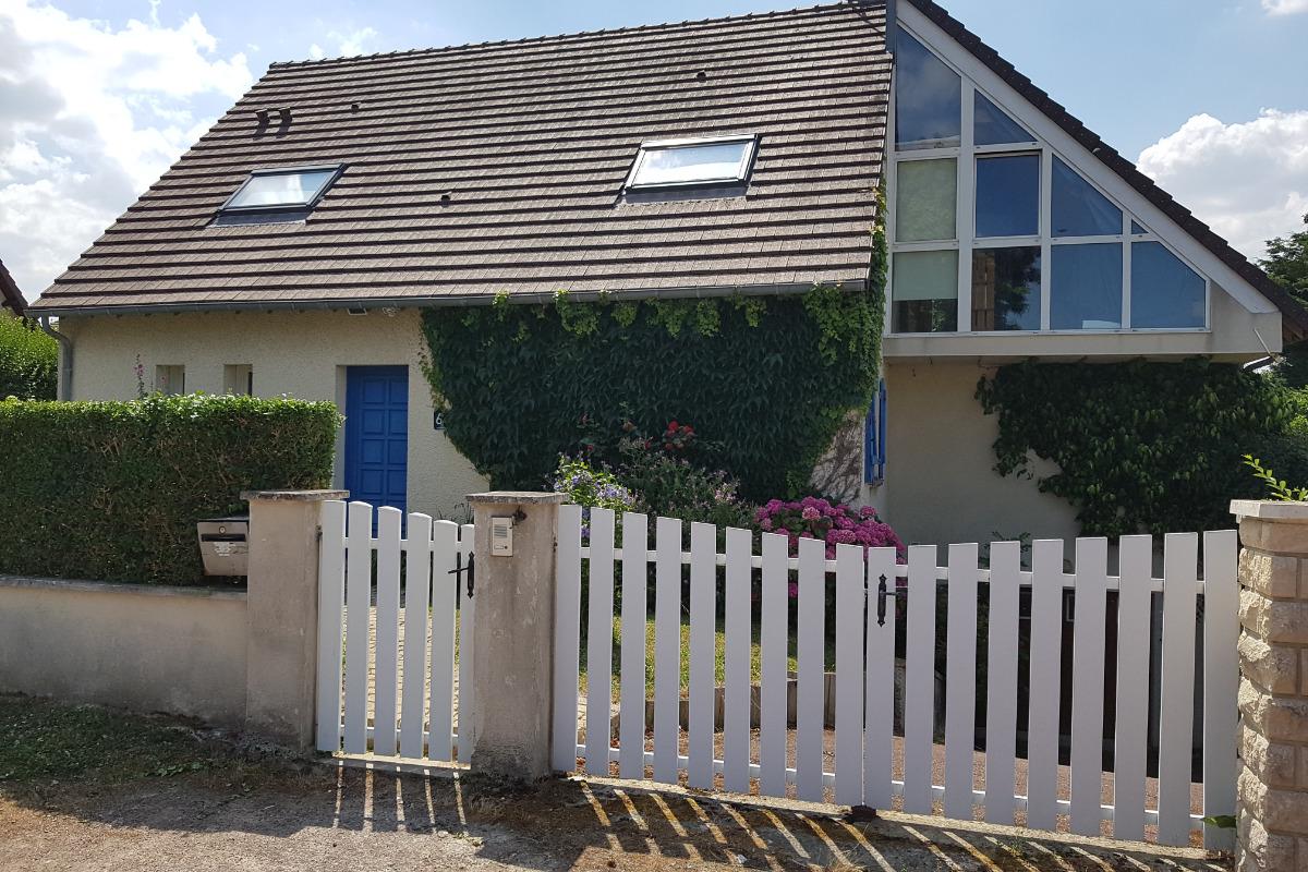 La maison vu du parking - Location de vacances - Luc-sur-Mer