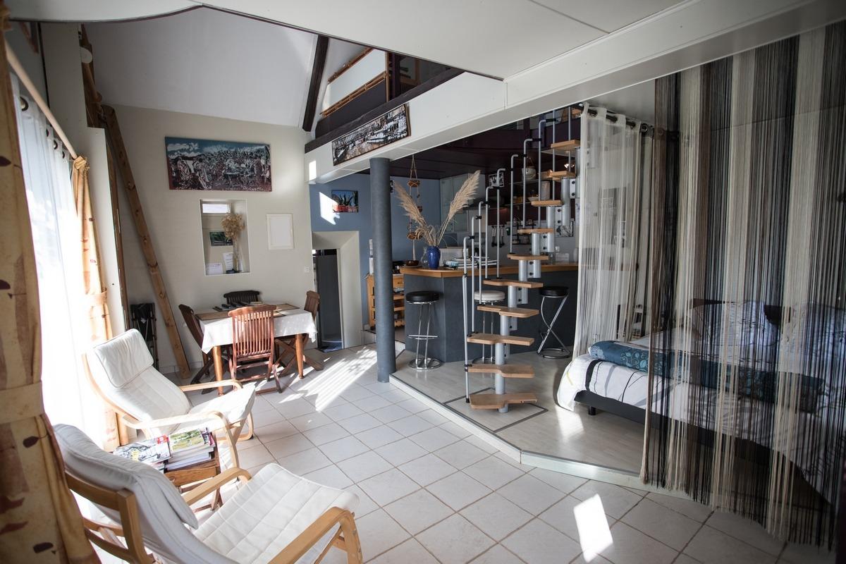 Vue globale du rez de chaussée - Chambre d'hôtes - Périers-sur-le-Dan