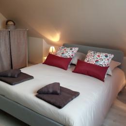 chambre 1 à l'étage - Location de vacances - Tracy-sur-Mer