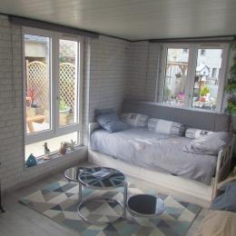 Le salon - Location de vacances - Tilly-sur-Seulles