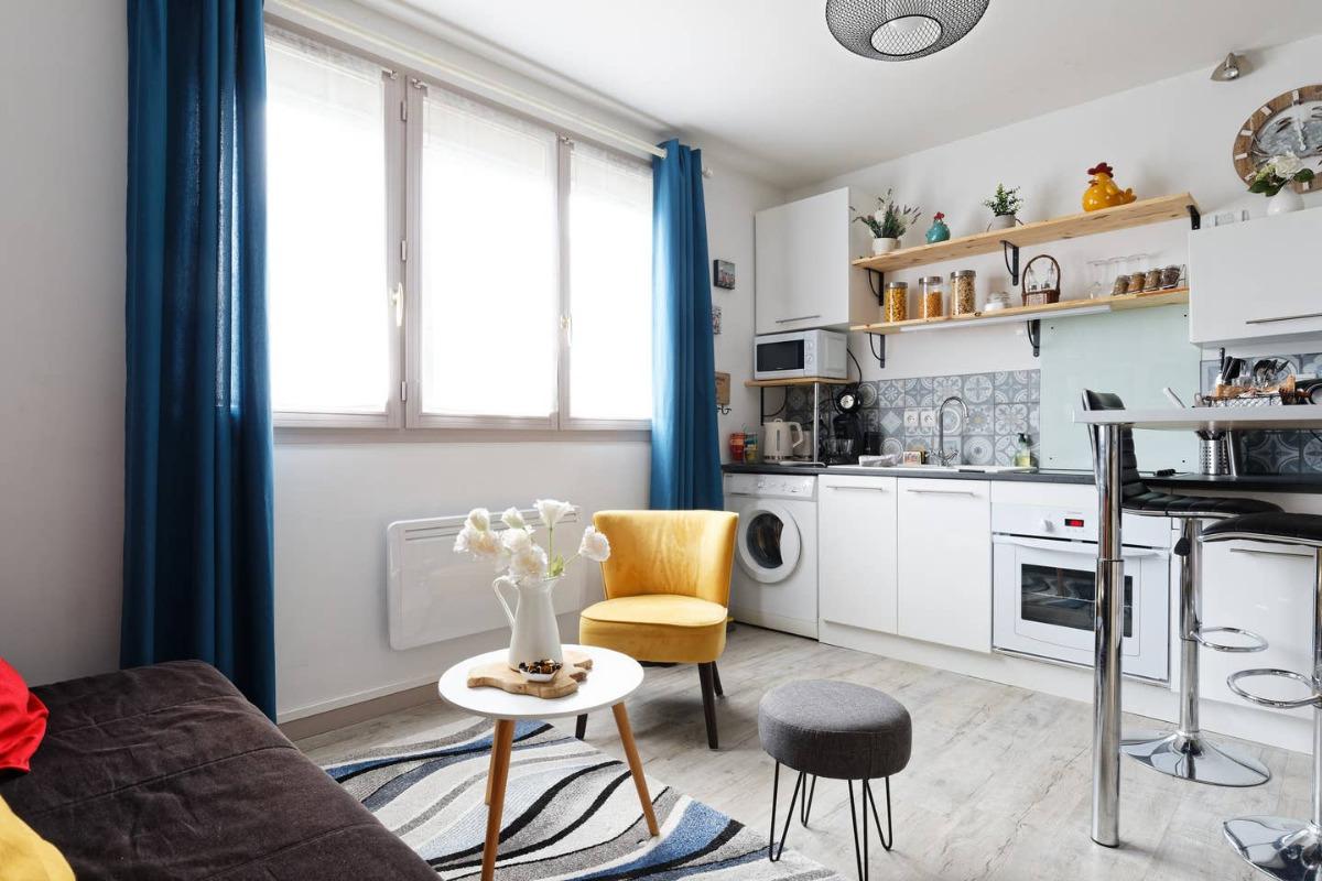 Grâce à notre cuisine spacieuse, et toute équipée,  vous pourrez vous concocter de bons petits plats - Location de vacances - Honfleur