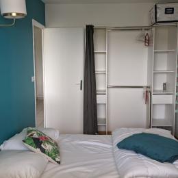 Chambre dressing - Location de vacances - Bernières-sur-Mer