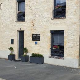 Pièce de vie ouverte sur la cuisine - Location de vacances - Port-en-Bessin-Huppain