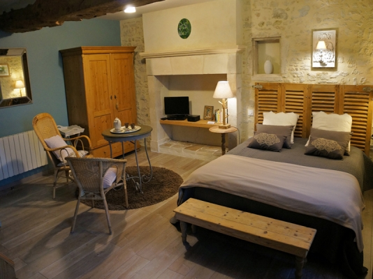 Salon de la chambre les hirondelles - B&B les oiseaux de passage - Chambre d'hôtes - Isigny-sur-Mer