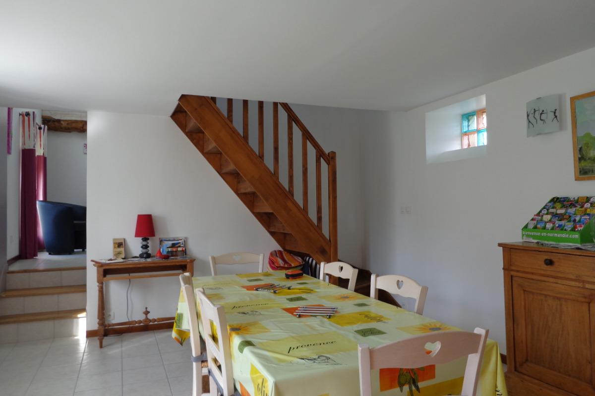 Accès étage - Location de vacances - Guéron