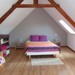 Chambre étage - Location de vacances - Guéron