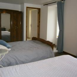 - Chambre d'hôte - Saint-Jacques-des-Blats