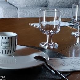 repas au gite La Maison de Jeanne - Location de vacances - Jussac