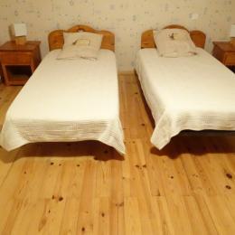 Salle à manger et coin cuisine - Location de vacances - Neuvéglise