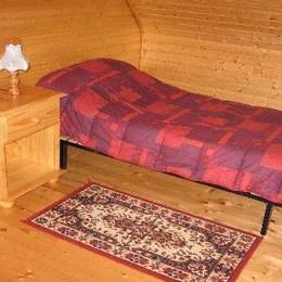 Chambre étage - Location de vacances - Neussargues-Moissac