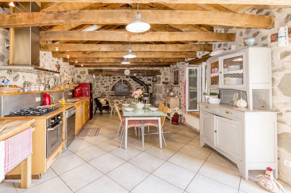 cuisine de campagne gite Le Fournil - Location de vacances - Jussac