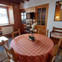 ALBEPIERRE vue générale - Location de vacances - Albepierre-Bredons
