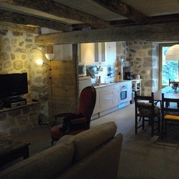 salon et cheminée - Location de vacances - Saint-Clément