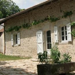 maison en pierres - Location de vacances - Roumégoux