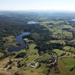 La maison sur les Monts du Cantal au sud - Location de vacances - Champs-sur-Tarentaine-Marchal