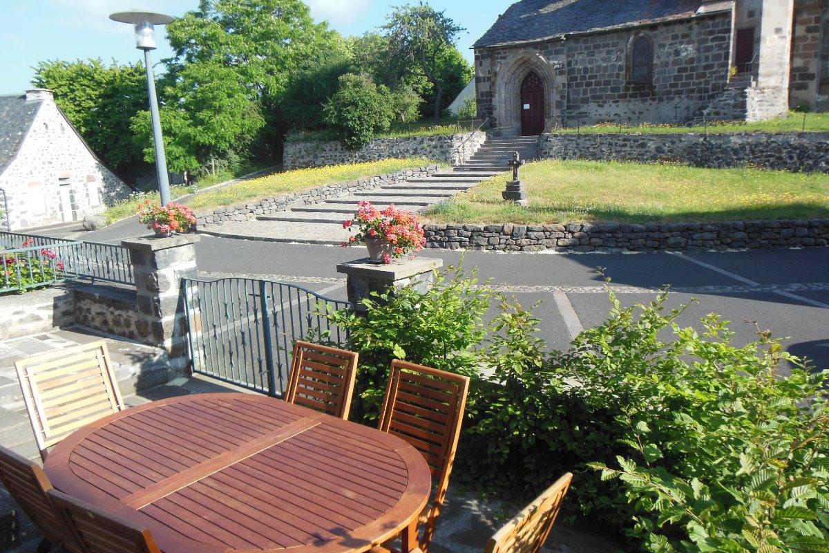 terrasse extérieure - Location de vacances - Chalinargues
