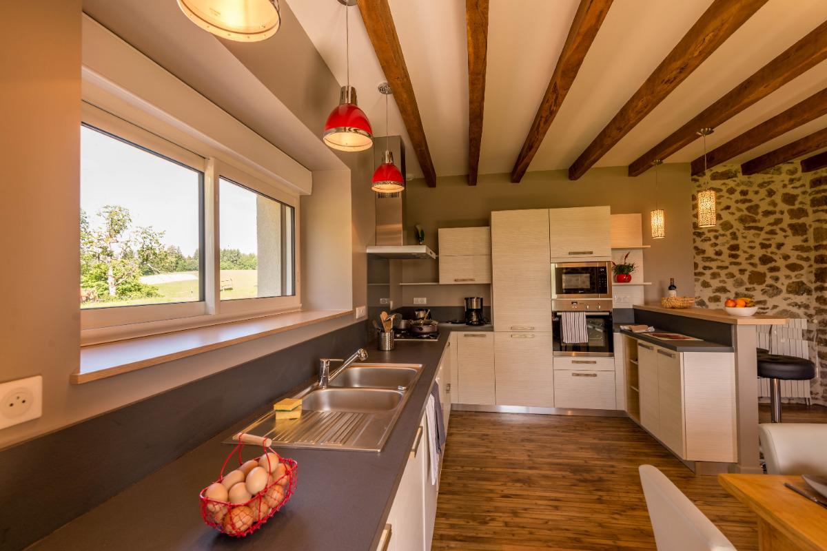 grande pièce à vivre gîte de la maison rouge vitrac photo cerenlau - Location de vacances - Vitrac