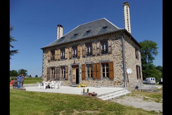- Chambre d'hôtes - Chalvignac