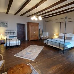La maison en automne - Chambre d'hôtes - Aurillac
