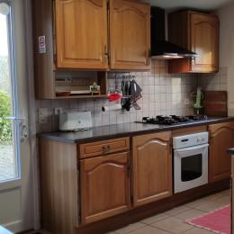 Salle à manger / salon - Location de vacances - Rézentières