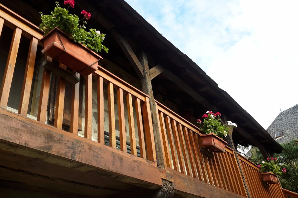 le balcon fleuri - Location de vacances - Raulhac