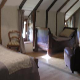- Chambre d'hôtes - Saint-Étienne-de-Carlat