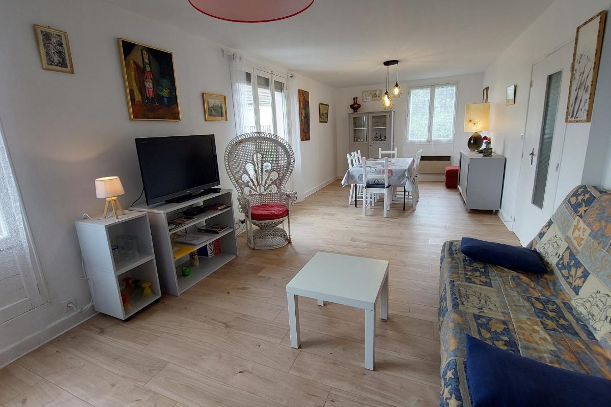 façade côté rue - Location de vacances - Moussages