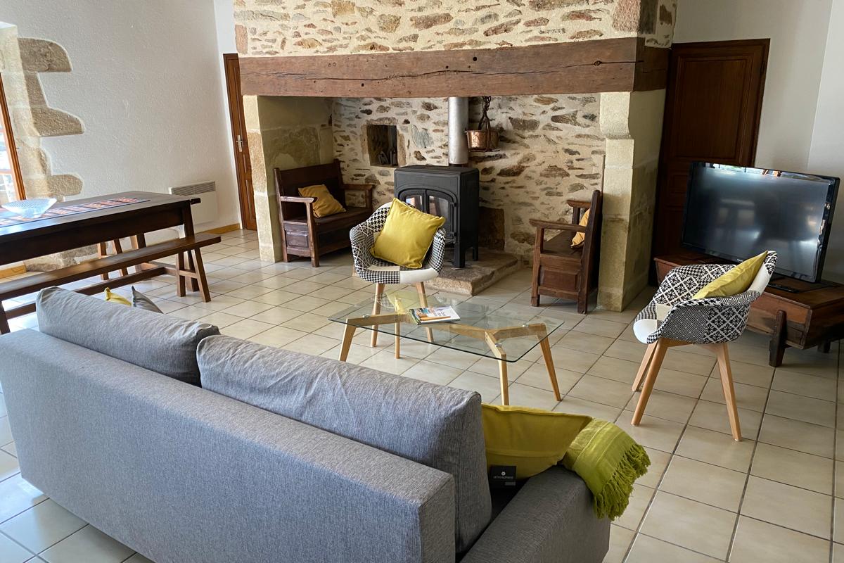 salon  - Location de vacances - Arnac