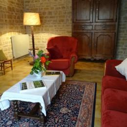 Le salon - Gîte les trémières - Ligné - Location de vacances - Ligné