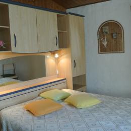 La chambre du moulin de Trotte Renard - Bunzac - Location de vacances - Bunzac